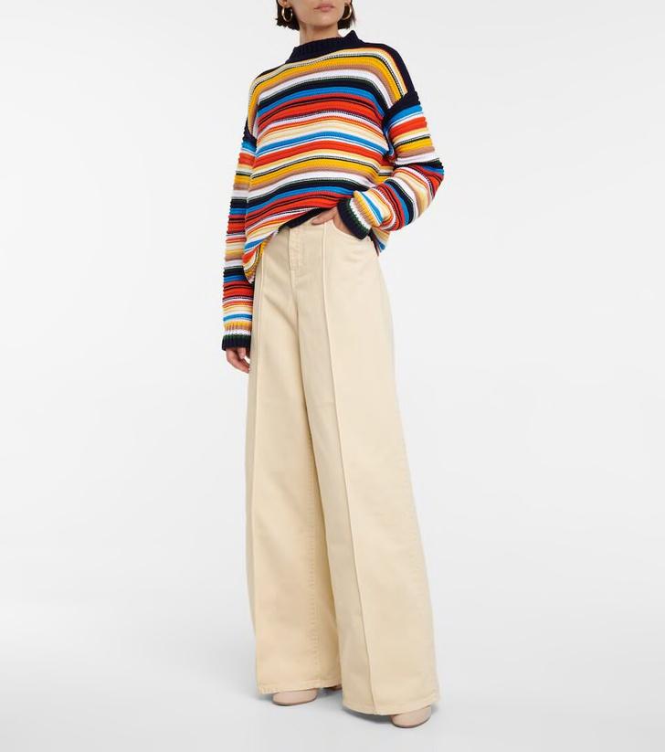 Фото №12 - Полосатый свитер— модное спасение от осенней хандры. И вот 10 классных вариантов на каждый день