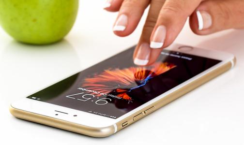 """Фото №1 - Учёные назвали сроки """"заразности"""" смартфонов и банкнот при разной температуре"""
