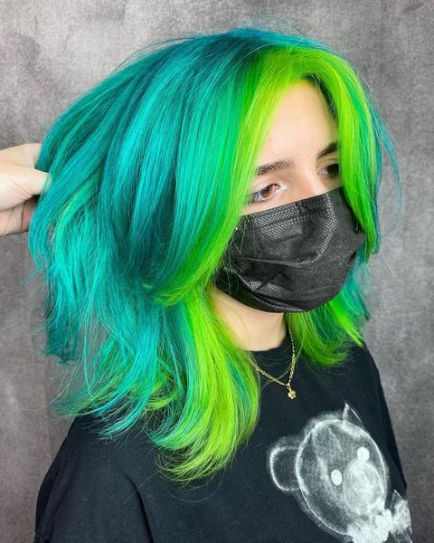 Фото №2 - Стрижка каскад: 10 модных вариантов на средние и длинные волосы