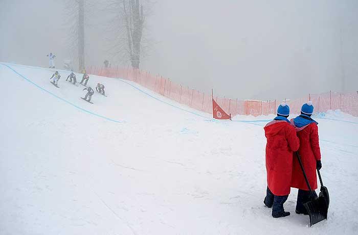 Фото №1 - Как работают волонтеры на Олимпиаде в Сочи