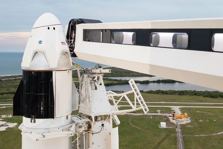 Фото №1 - Сегодня состоится исторический запуск корабля Crew Dragon к МКС
