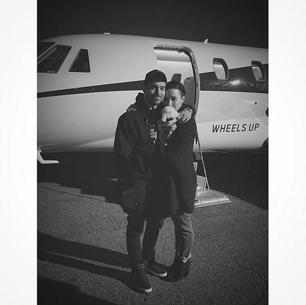 Фото №7 - Звездный Instagram: Знаменитости и самолеты