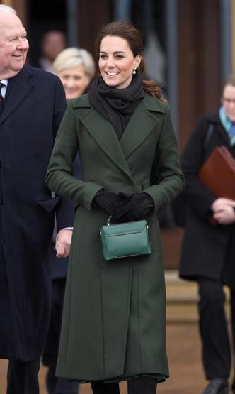Фото №5 - Гардероб на миллион: самые дорогие наряды герцогини Кейт