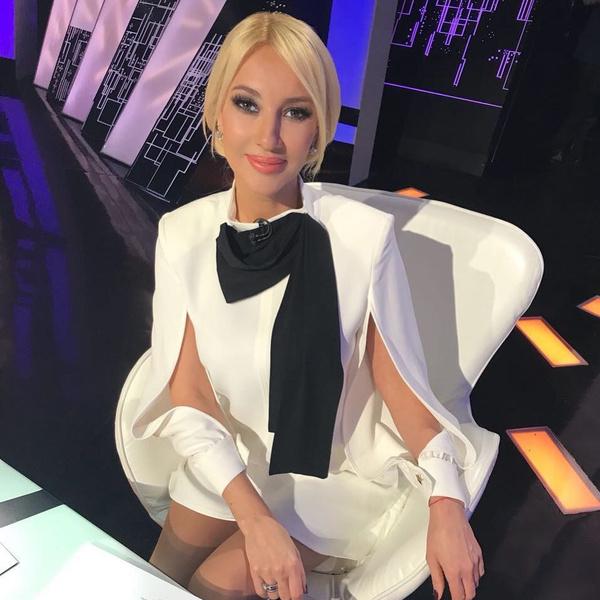 Фото №1 - «Нет уважения к старшему поколению»: Лера Кудрявцева высказалась по поводу конфликта Долиной и Карнавал