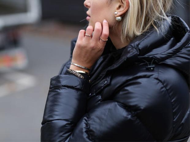 Фото №5 - Как сочетать золотые и серебряные украшения: советы стилиста