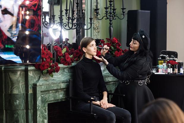Фото №5 - Косметический бренд Kat Von D Beauty теперь есть в России