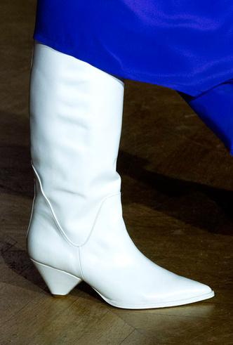 Фото №36 - Самая модная обувь осени и зимы 2019/20