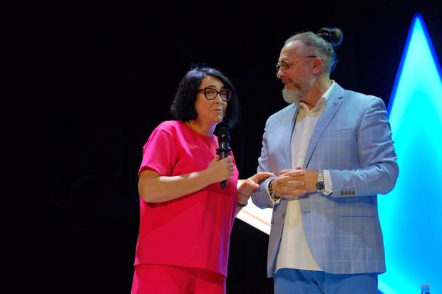 Фото №3 - Медведи в зале и Лолита Милявская на сцене: театр «Модерн» открыл новый сезон