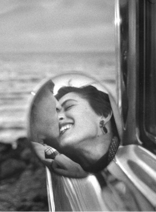 Фото №3 - 12 неожиданных фактов о поцелуях