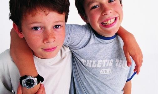 Фото №1 - Петербургские подростки начали проявлять повышенный интерес к гомосексуализму