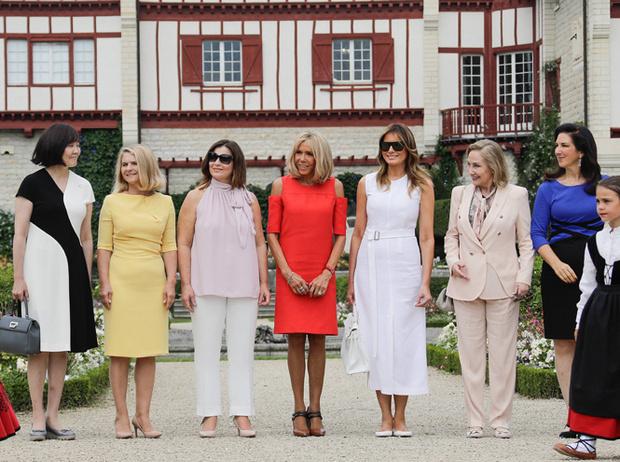 Фото №2 - G7 в Биаррице: как выглядят жены лидеров «Большой семерки»