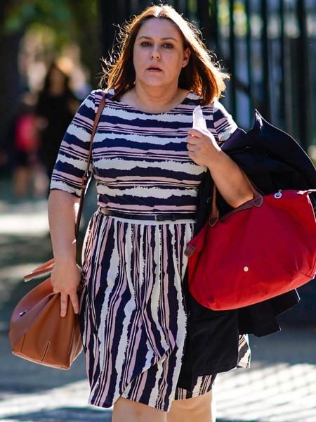 Фото №1 - Как одеваться полной женщине маленького роста