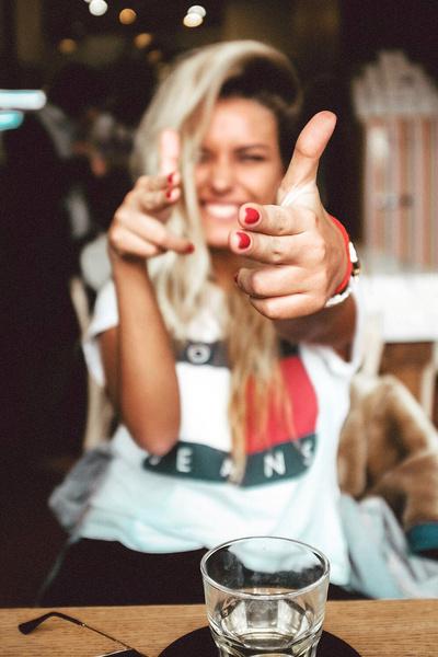 Фото №2 - Солнце внутри: Блогер Александра Буримова про стиль, счастье и поколение