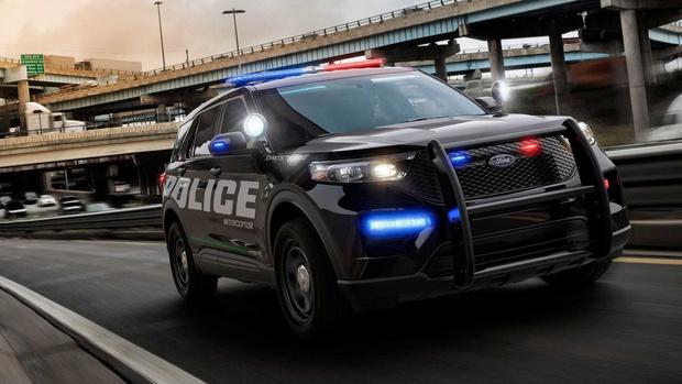 Фото №3 - Ford придумал, как дезинфицировать полицейские автомобили
