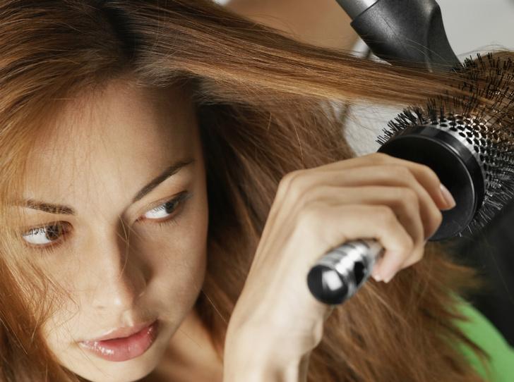 Фото №2 - Как создать объем на тонких волосах