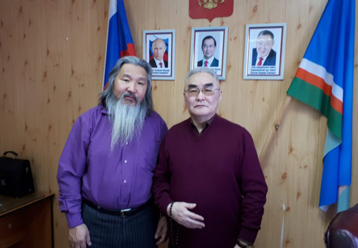 Фото №1 - Еще один шаман из Якутии собирается пойти пешком в Москву изгонять Путина вместо первого задержанного шамана