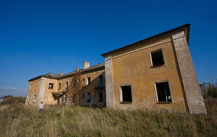 Фото №1 - За бортом современности: 10 поселений-призраков России