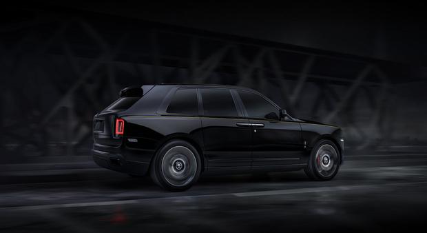 Фото №5 - Rolls-Royce привез в Россию «Черный бриллиант»