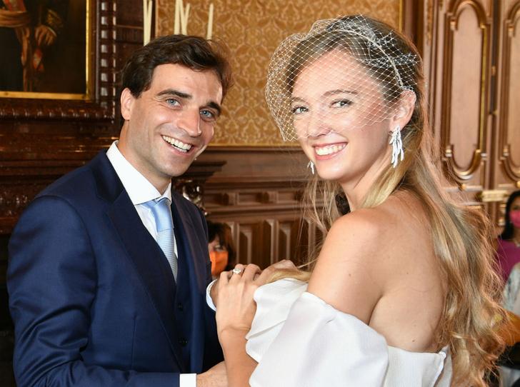 Фото №1 - Счастливый мезальянс: австрийская принцесса тайно вышла замуж за автогонщика