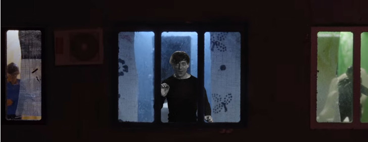 Фото №1 - «Выйдем из дома, из безнадежной депрессии»: новый клип «Би-2», снятый на карантине
