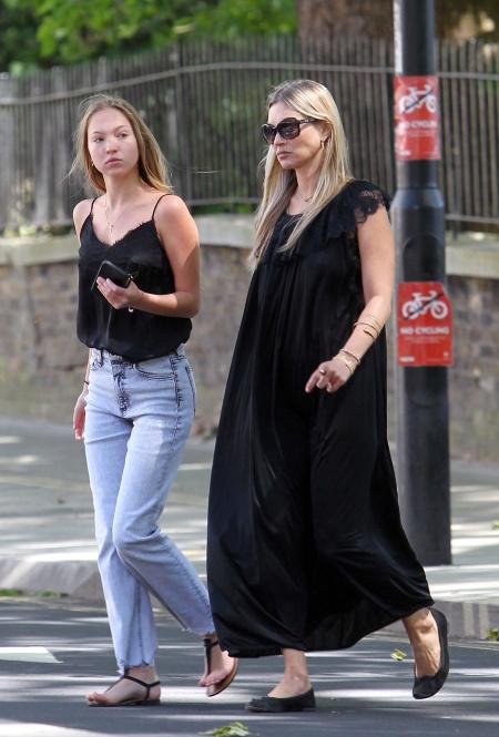 Кейт Мосс и Лила Грейс Мосс в Лондоне