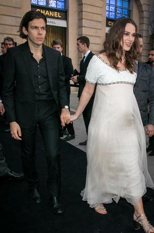 Фото №3 - Весенний бейби-бум: Блейк Лайвли и Кира Найтли объявили о беременности