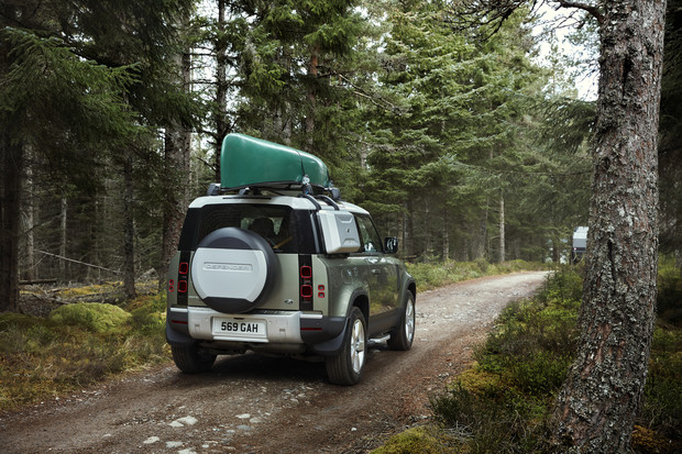 Фото №4 - Дорогой ты наш защитник!Land Rover ожидаемо удивил ценой на новый Defender