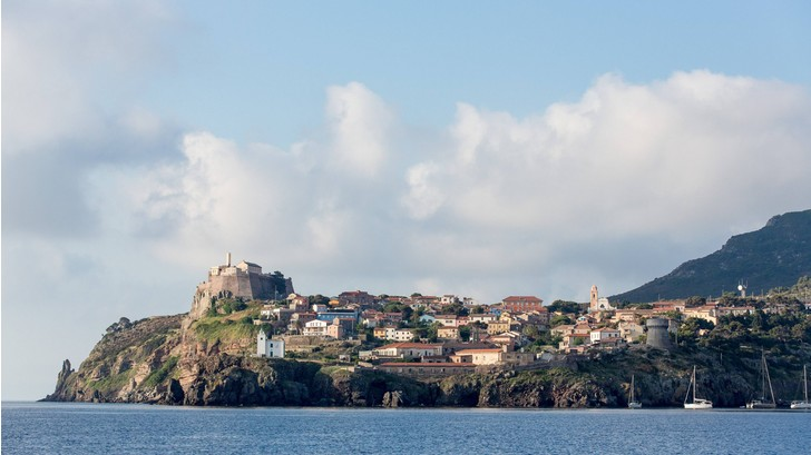 Фото №1 - На итальянском острове произошла загадочная серия краж