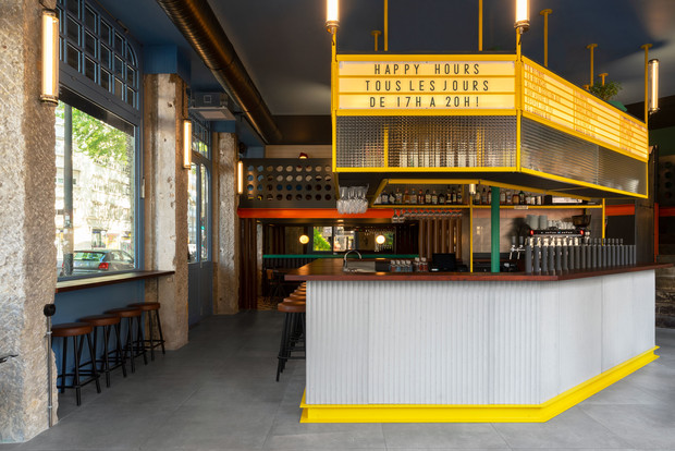 Фото №8 - Яркий бар La Raffinerie в Лионе