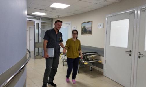 Фото №1 - В Центре Алмазова спасли молодую пациентку с редкой болезнью моямоя