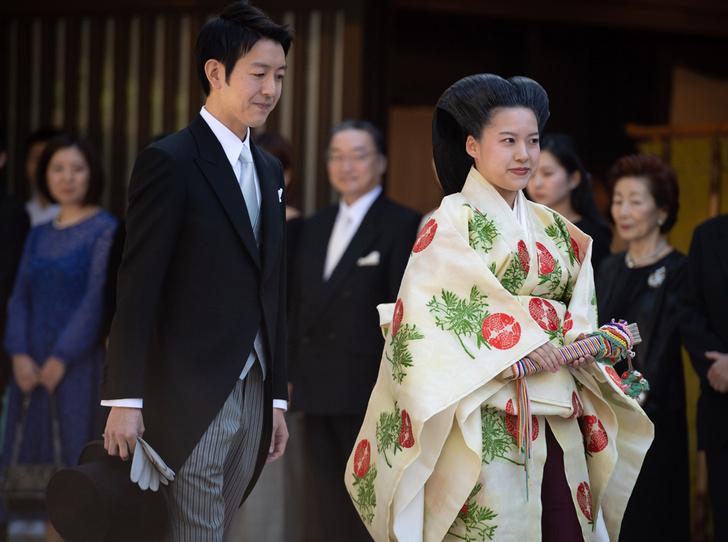 Фото №2 - В Японии стало на одну принцессу меньше (и на одну счастливую девушку больше)