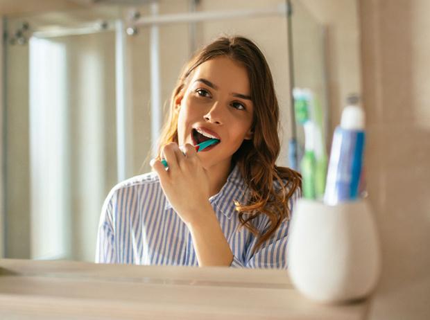 Фото №1 - Как правильно ухаживать за полостью рта