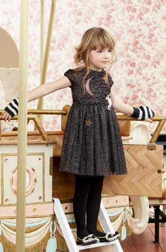 Фото №31 - Золотая карусель: лукбук осенне-зимней детской коллекции Gucci 2016/17