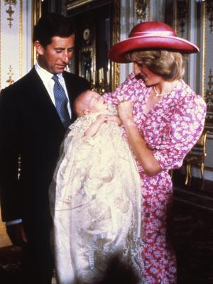 Фото №14 - От персикового до фуксии: как принцесса Диана носила розовый цвет (и почему он ей так шел)