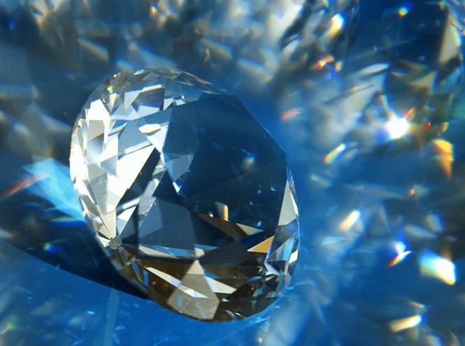 Фото №1 - Beauty-новинка: алмазная процедура от L.Raphael