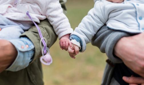 Фото №1 - «Радостные и позитивные цифры»: Минздрав объяснил рост числа детей с онкологическими заболеваниями