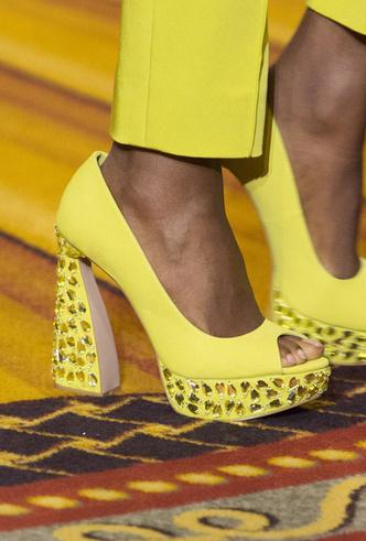 Фото №4 - Самая модная обувь весны и лета 2019