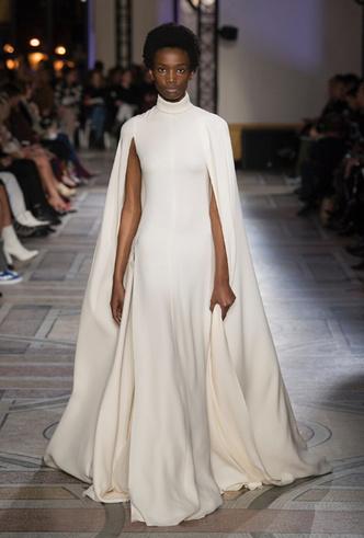 Фото №29 - 35 идей свадебных платьев с подиумов Недели высокой моды в Париже