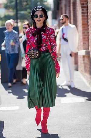 Фото №15 - Как носить самые модные юбки сезона: мастер-класс от звезд street style хроник