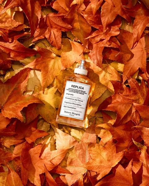 Фото №2 - Пахнут опавшей листвой, зачарованным лесом и восточными пряностями: 5 ароматов с идеальной осенней атмосферой