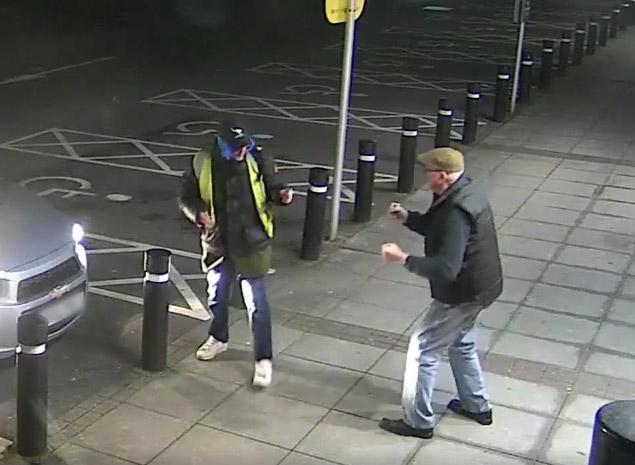 Фото №1 - Пенсионер дал отпор вооруженному грабителю (видео)
