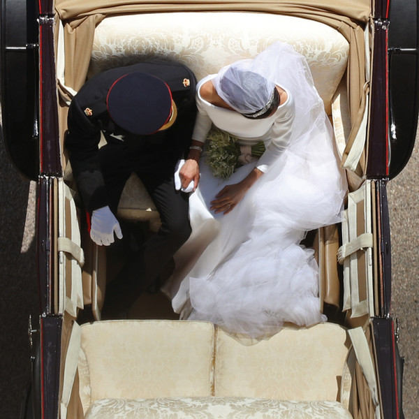 Фото №10 - Как был сделан самый известный свадебный снимок принца Гарри и Меган Маркл