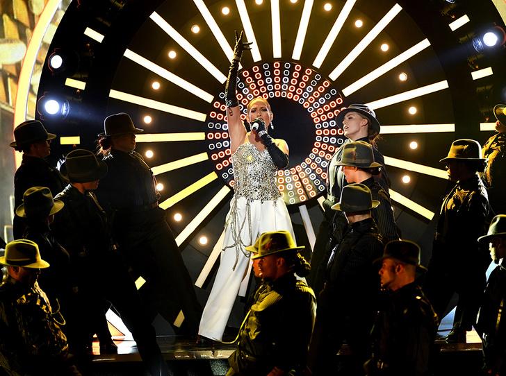 Фото №34 - Billboard-2018: Тейлор Свифт, Мила Кунис и другие на красной дорожке музыкальной премии