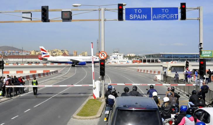 Фото №2 - 4 невероятных шоссе, заставляющих протереть глаза