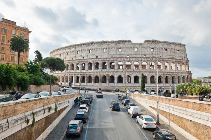Фото №2 - Колизей очистили от многовековой копоти