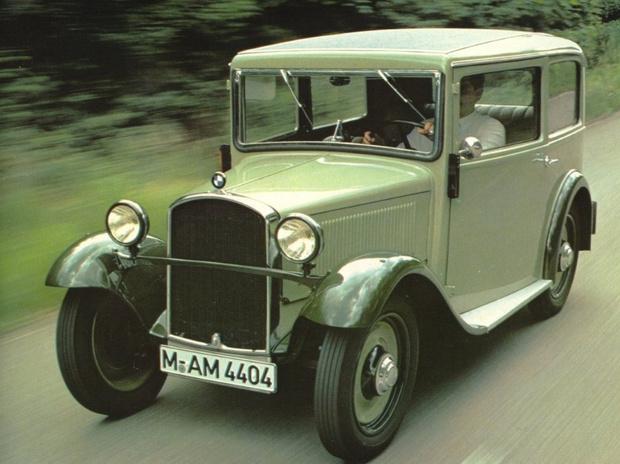 Фото №3 - Почему на старых автомобилях привычные вещи на непривычных местах