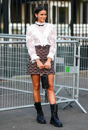Фото №4 - С чем носить мини-юбки: 8 стильных сочетаний на любой случай