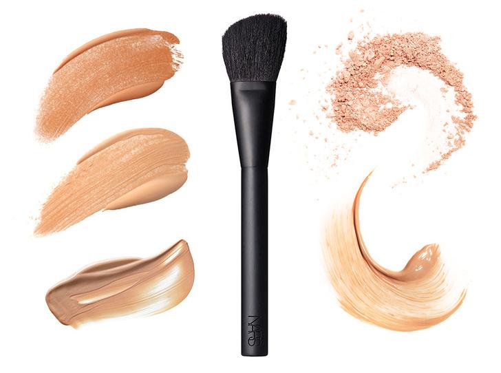 Фото №3 - 6 кистей для макияжа, которые должны быть у каждой девушки