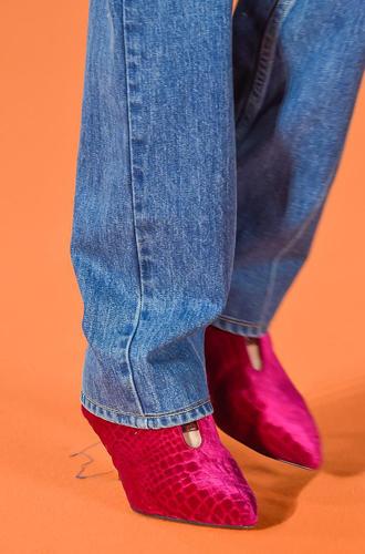 Фото №65 - Самая модная обувь сезона осень-зима 16/17, часть 2