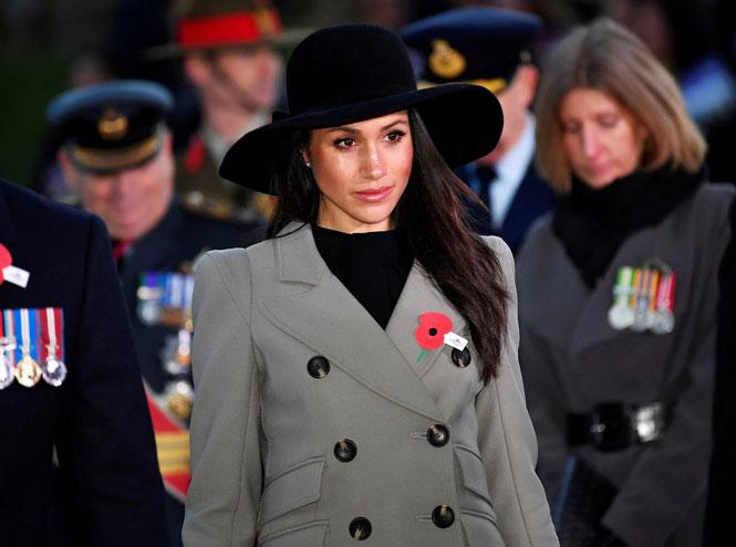 Фото №6 - На радость бабушке: почему уход Гарри и Меган выгоден британской монархии